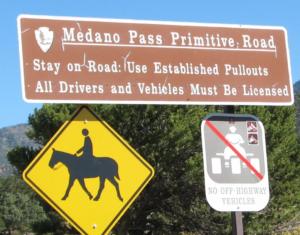 Medano Pass signage